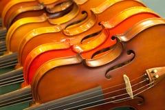 закрыно вверх по скрипкам стоковые фото
