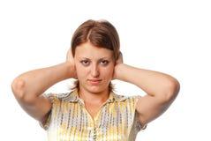 закрытая девушка ушей имеет ладони Стоковое Изображение