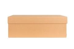 Закрытая изолированная картонная коробка доставки Стоковая Фотография