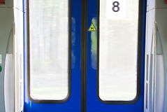 Закрытые двери метро Стоковое Изображение