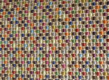 Закрытый вверх квадратной текстуры красочной картины Weave корзины Стоковое Изображение