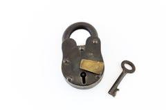 Закрытый винтажный замок и ключ стоковое фото rf