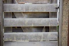 Закрытый деревянный строб стоковые фото