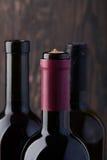 3 закрыли бутылки красного вина Стоковые Изображения RF