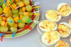 Закуска яя и виноградин Deviled стоковое фото rf
