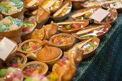 Закуски выходят на рынок в Таиланде Стоковые Фото