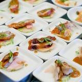 Закуски и ед-крупный план пальца Стоковое Фото