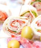 Закуски на таблице свадьбы стоковые фотографии rf