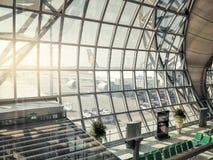 Зала отклонения в авиапорте Suvarnabhumi стоковые изображения