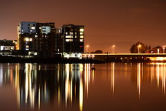 Залив Кардиффа на ноче Стоковая Фотография RF