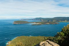 Залив на Порте Артуре, Тасмании стоковое фото rf