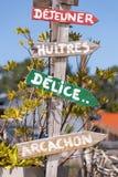 Залив Arcachon, Франция, декоративный шильдик для ` обеда `, ` устриц `, ` ` очень вкусного, ` Arcachon ` Стоковое Фото