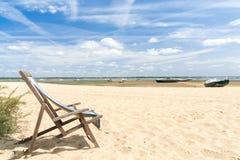 Залив Arcachon, Франция, шезлонг на пляже Стоковые Фотографии RF