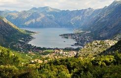 Залив Kotor с облачным небом стоковые фотографии rf