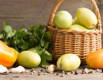 Замаринованный, зеленый заполненный томат Стоковое Изображение