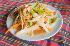 Замаринованный салат краба или салат папапайи (животик) сома, Таиланд Стоковые Фото