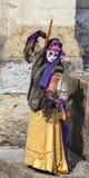 Замаскированные танцы персоны Стоковое Фото