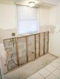заменять drywall mouldy Стоковая Фотография