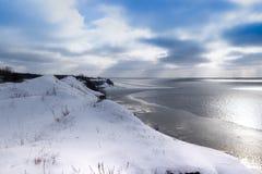 Замерли зима, который выравнивающ залива Стоковые Изображения RF