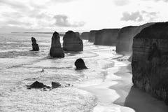Замечательные 12 апостолов в черно-белом Стоковое Изображение RF