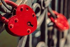 2 замка влюбленности красного цвета Стоковое Изображение