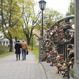 Замки на мосте любовников Стоковая Фотография RF