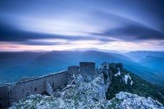 Замоки Peyrepertuse стоковое фото rf