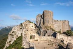 Замоки Peyrepertuse стоковые изображения