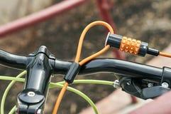 Замок велосипеда комбинации Стоковые Фото