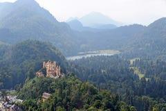 Замок в баварских Альпах, Германия Hohenschwangau Стоковое Изображение RF