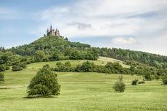 Замок в Бадене-Wurttemberg, Германия Hohenzollern Стоковая Фотография RF