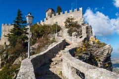 Замок в Сан-Марино Стоковые Изображения RF