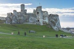 Замок в Ogrodzieniec в осени стоковое фото rf