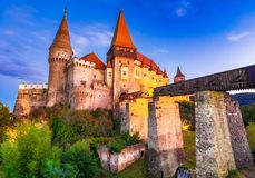Замок или Hunyad Corvin в Hunedoara, Румынии стоковое изображение rf