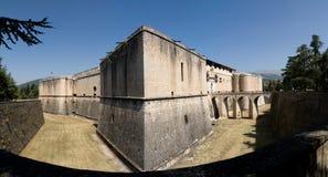 замок Италия l испанский язык aquila Стоковые Изображения