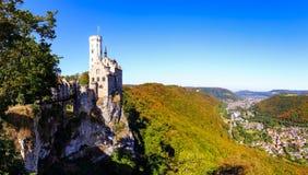 Замок Лихтенштейн над Honau Стоковые Фотографии RF