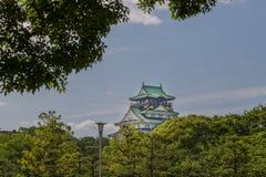 Замок Осака в солнечном дне Стоковые Фотографии RF