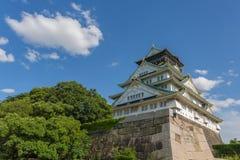Замок Осака в солнечном дне Стоковая Фотография RF