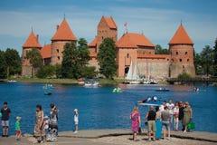 Замок острова Trakai на озере Galve Стоковое Изображение