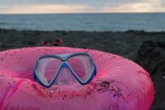 Замок песка, плавая стекла Перемещение или концепция каникул моря Жизнь пляжа Стоковые Изображения RF
