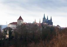Замок Праги на дне взгляд городка республики cesky чехословакского krumlov средневековый старый Стоковые Изображения