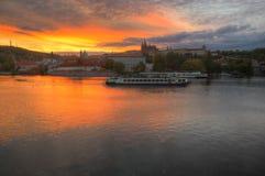 Замок Праги, реки Влтавы и Праги Стоковые Изображения RF