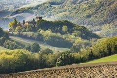 Замок пьяченца Италия Montechiaro стоковые фотографии rf