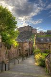 Замок Эдинбурга от места Heriot, Эдинбурга, Шотландии, Великобритании Стоковое фото RF