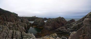 Замок Aberdeenshire Slains, Шотландия стоковая фотография rf
