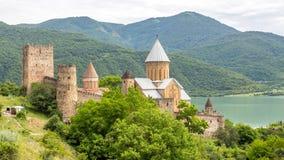 Замок Ananuri, комплекс замка на реке Aragvi в Georgia Стоковая Фотография RF