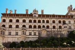 Замок Blois в Loire Valley - Франции стоковые фотографии rf
