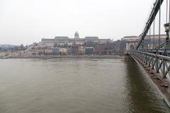 Замок Buda и цепной мост Стоковые Фотографии RF