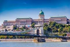 Замок Buda и цепной мост Стоковые Изображения RF