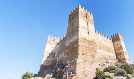 Замок Burgalimar, al-Hamma хоронити, деревня encina Ла Baños de, j стоковое фото